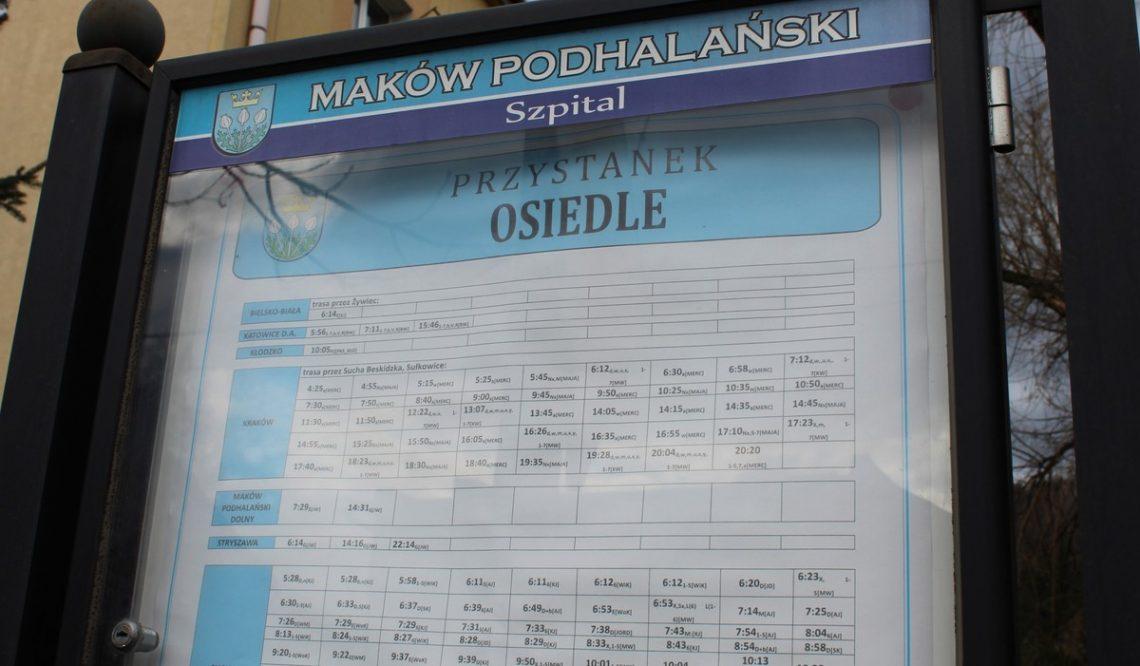 Gmina Maków Podhalański: nowe rozkłady inaprawione gabloty